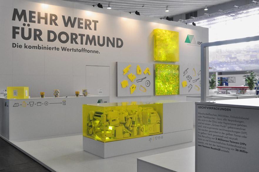 Exhibition Stand Minimalist : Wertstofftonne abfall fair stand exhibit