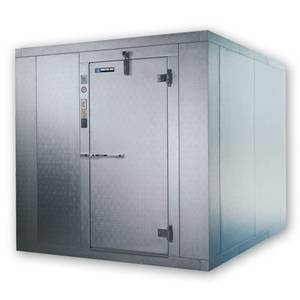 Master Bilt 761010 X Phxz0150b Walk In Freezer 10x10 Indoor 7 In 2020 Walk In Freezer Commercial Kitchen Equipment Locker Storage