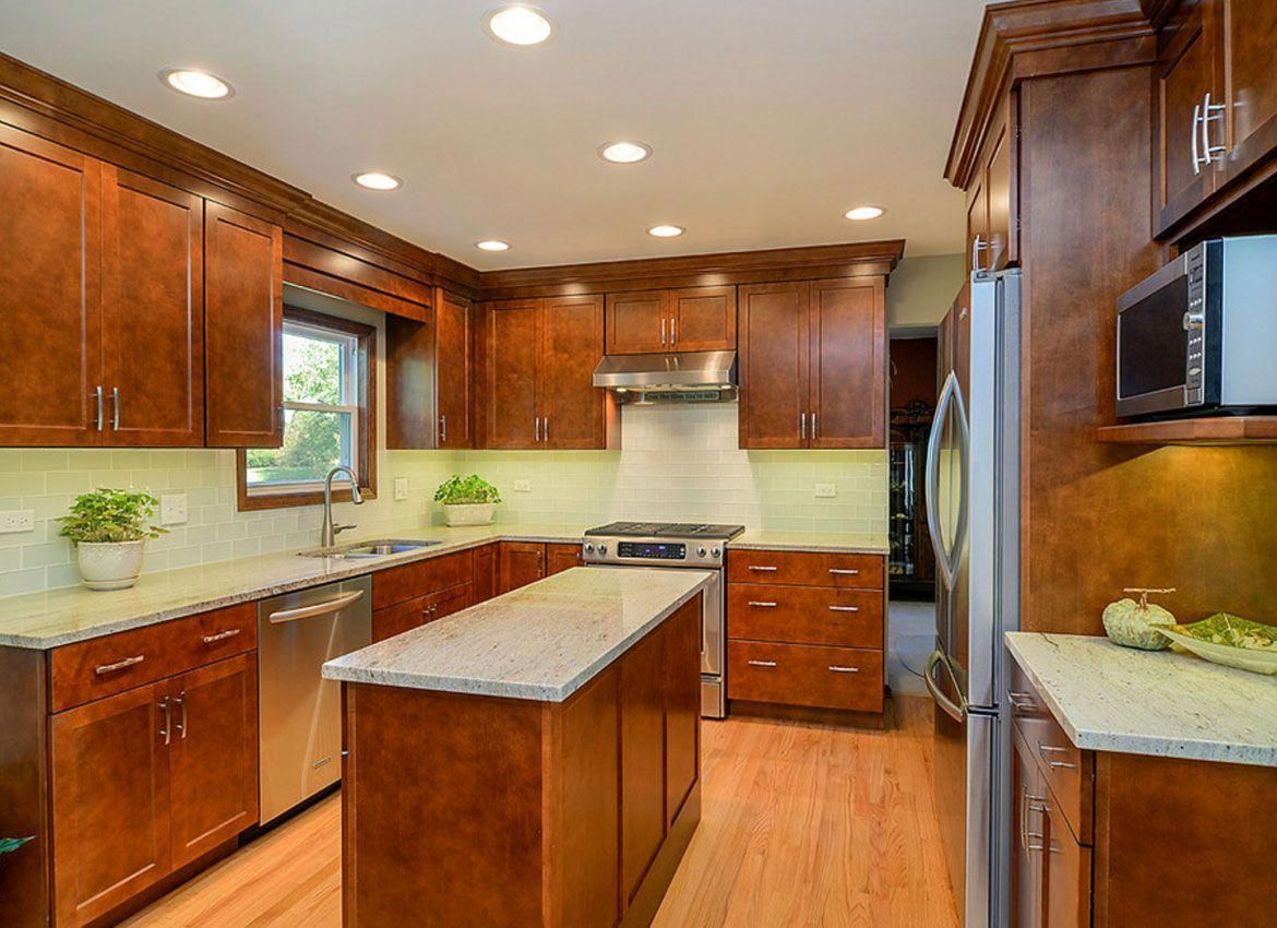 30 Classy Projects With Dark Kitchen Cabinets Home Remodeling Contrac In 2020 Kitchen Cabinets On A Budget Kitchen Ideas Medium Brown Cabinets Brown Kitchen Cabinets