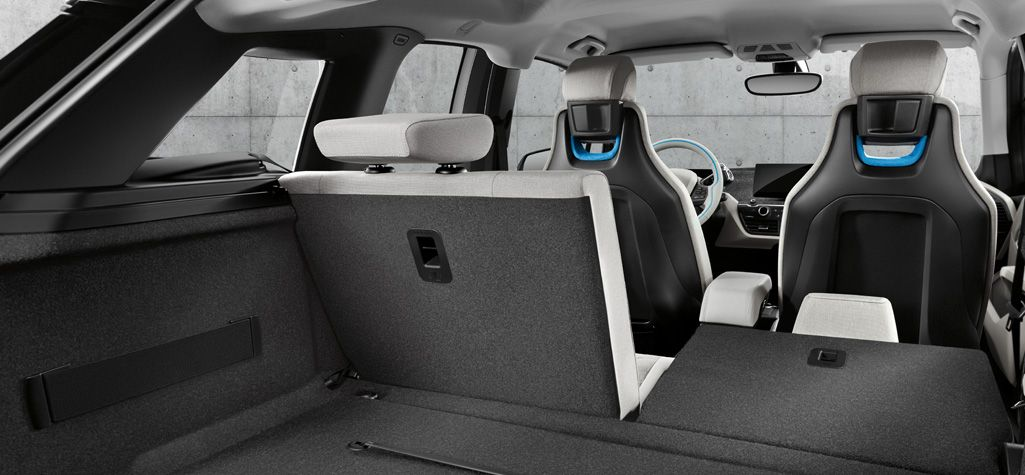 50 Spilt Folding Rear Seats For Additional Cargo Space