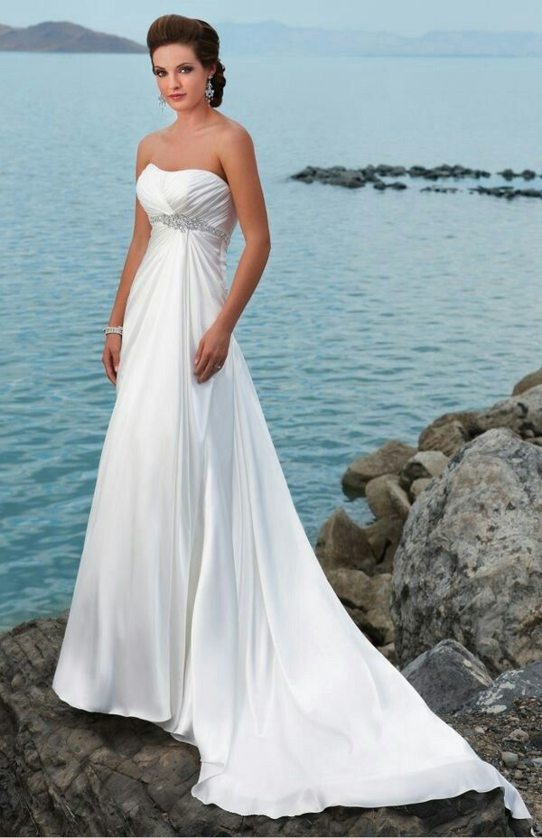 Gorgeous and so delicate wedding dress. | Weddings that I love ...