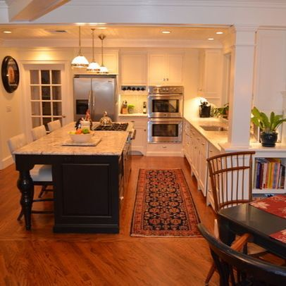 Pin By Tammy Gerkin Weaver On Kitchens Kitchen Island With Stove Island With Stove Classic Kitchen Design