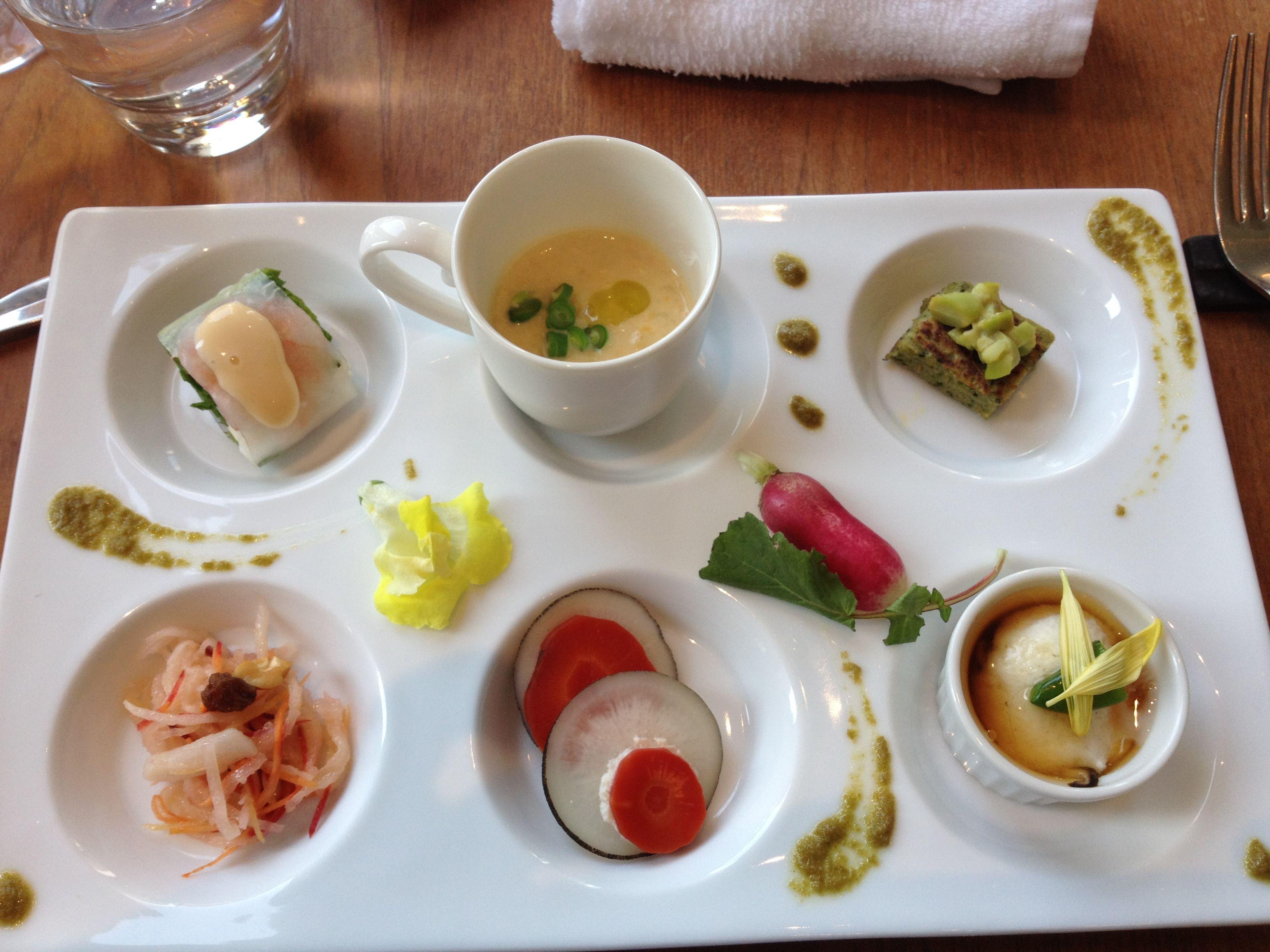 Vegeterian macrobiotic lunch. Tokyo.