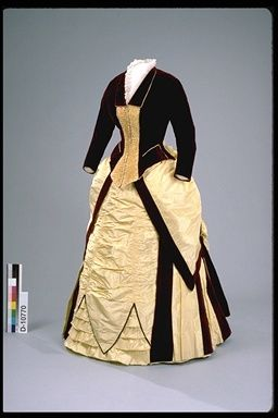 Dinner dress, 1884-86 Canada (London, ON), Canadian Museum of Civilization