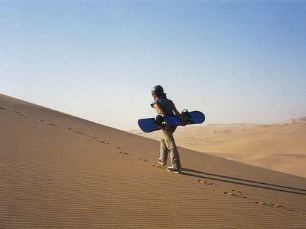 Surfe de areia em Dubai