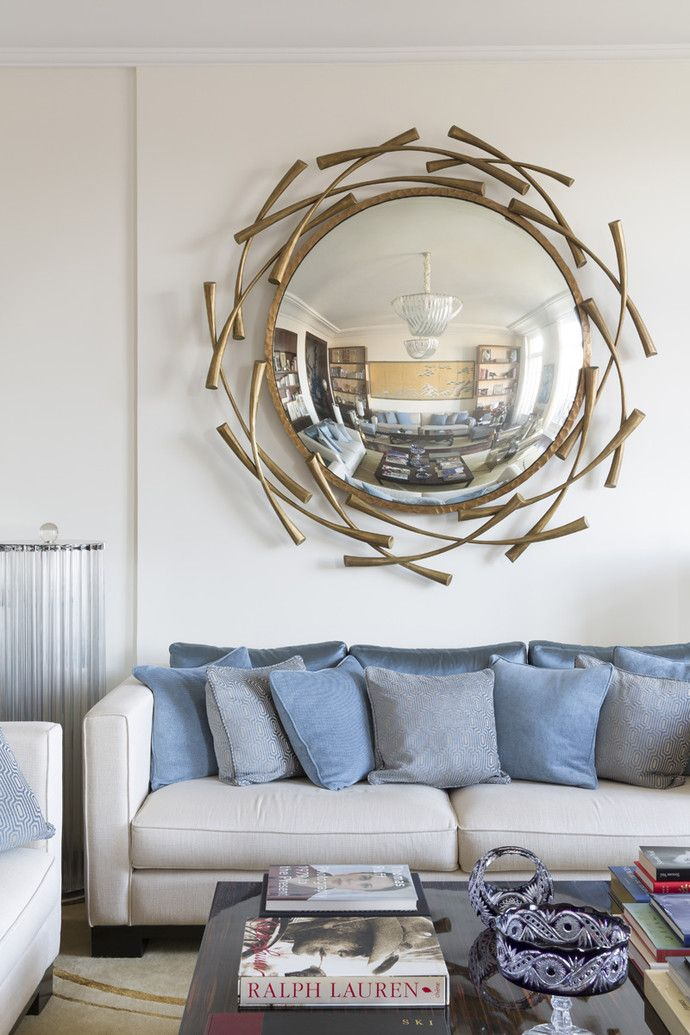 круглое зеркало над диваном фото могут