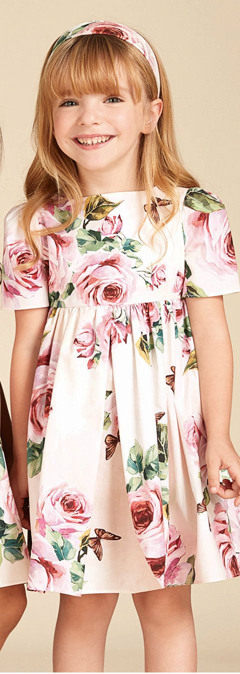 8a1bf40560 DOLCE   GABBANA Kids Girls Pink Roses Mini Me Cotton Dress from the Spring  Summer 2018 Collection. Love this pretty dress from Dolce   Gabbana with a  pink ...