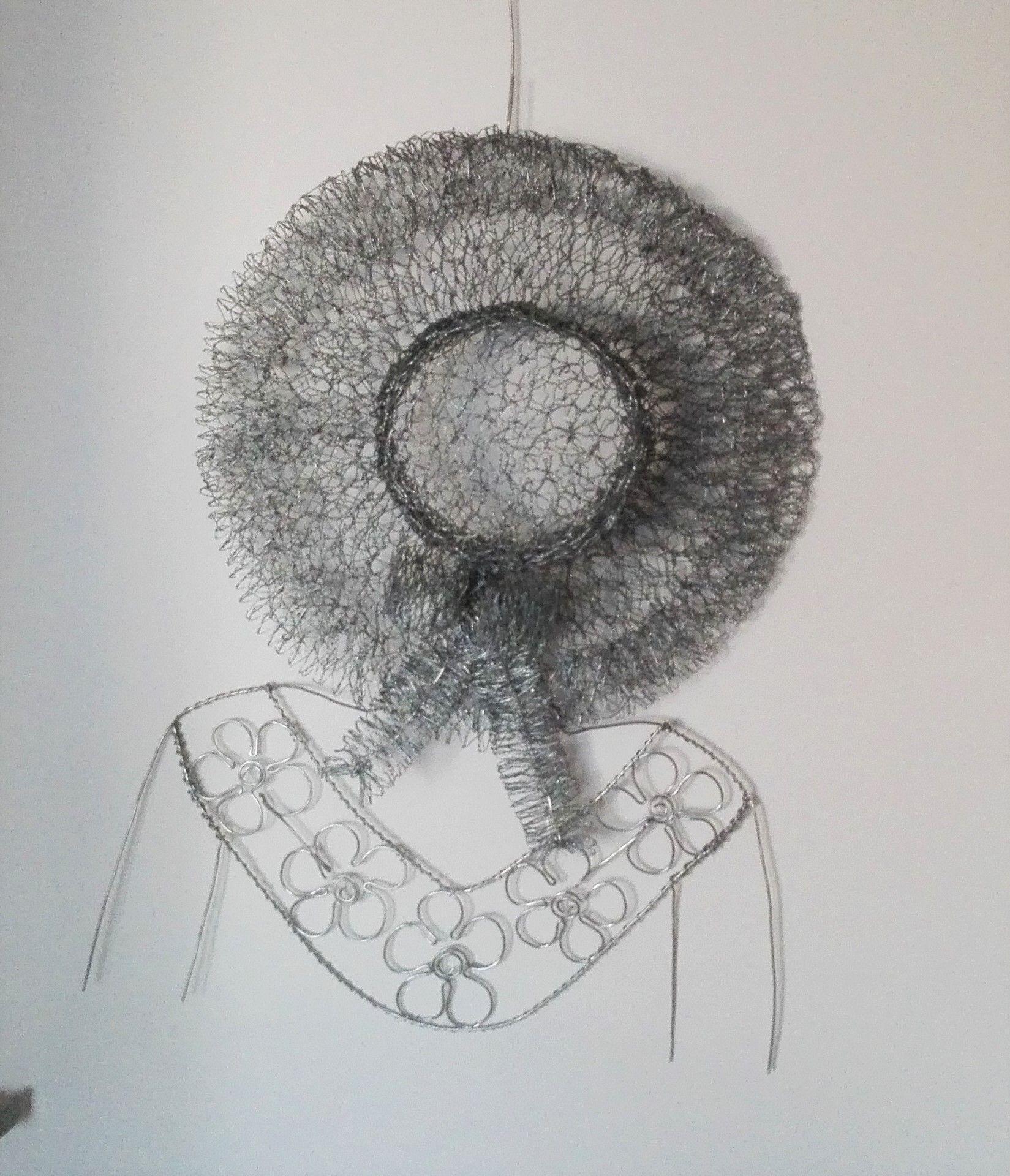 Chicken wire sculpture - Little girl with hat on | Chicken wire ...