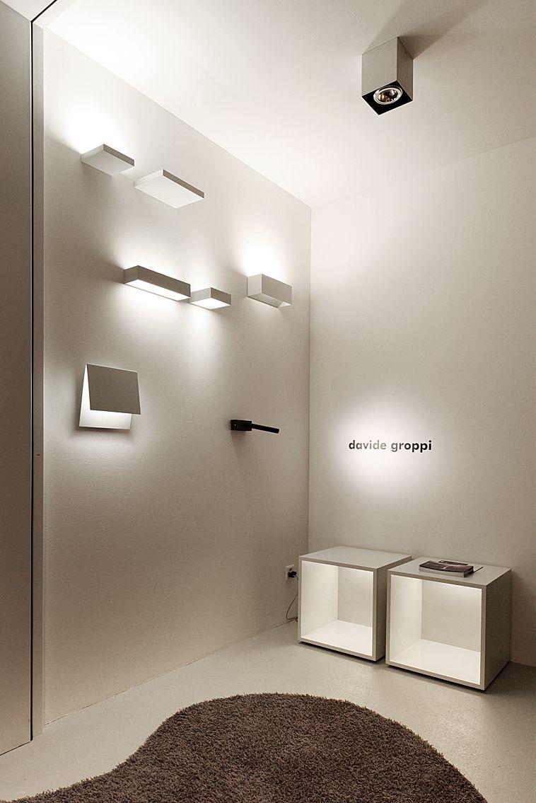Illuminazione Davide Groppi Nel Nostro Show Room Lampade Design Lampe Flur Wandleuchte Beleuchtung