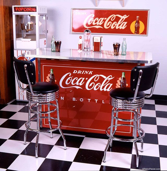 With vintage style signs, bar stools and retro Coke accessories you can create a cool Coca-Cola soda bar in your home or business.