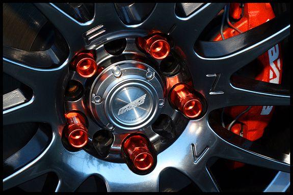 Custom Lug Nuts Calipers Wheel Steering Wheel