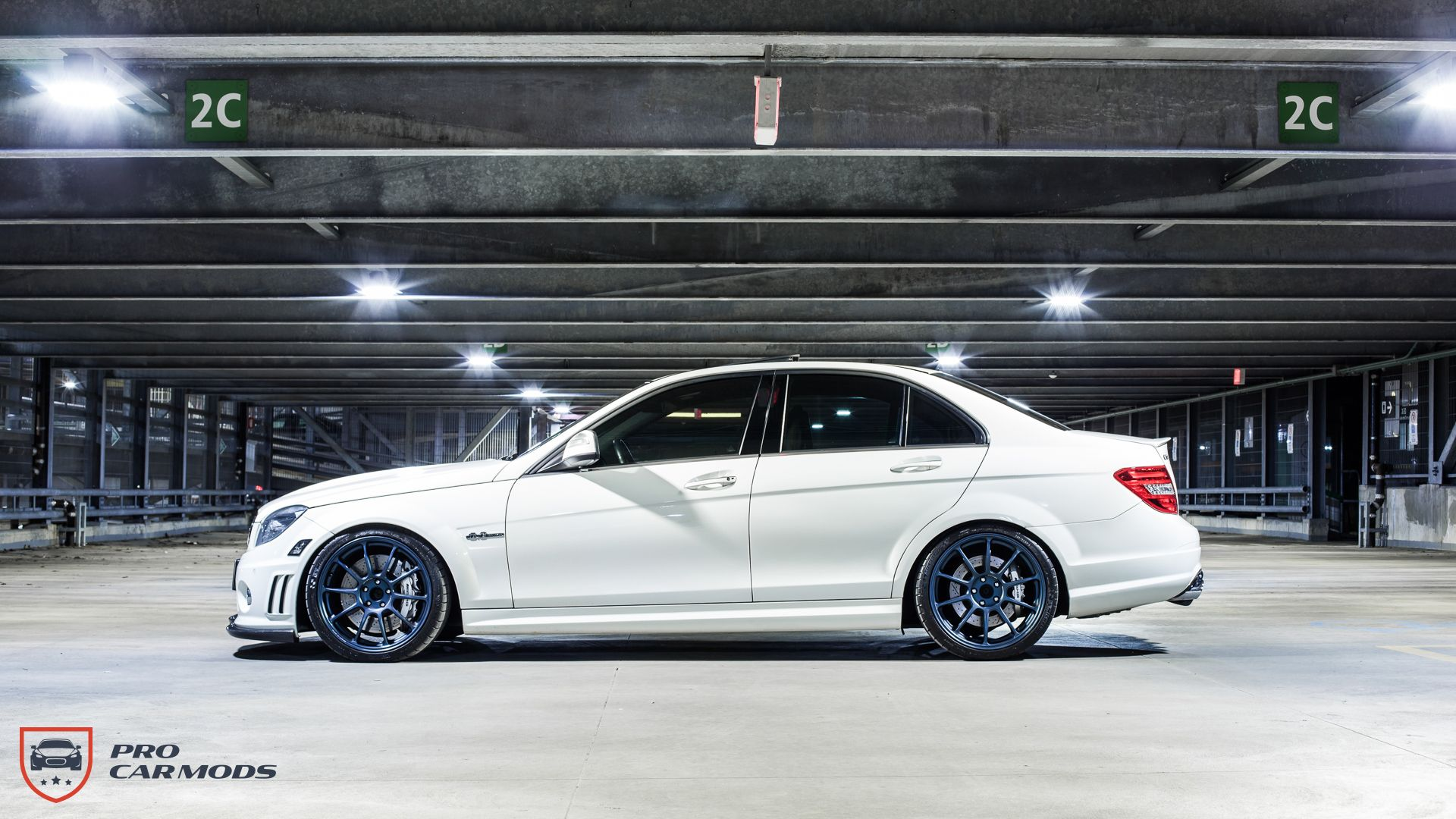 Modified mercedes c63 amg slicker than your average 2009 for Mercedes benz c63 amg 2009