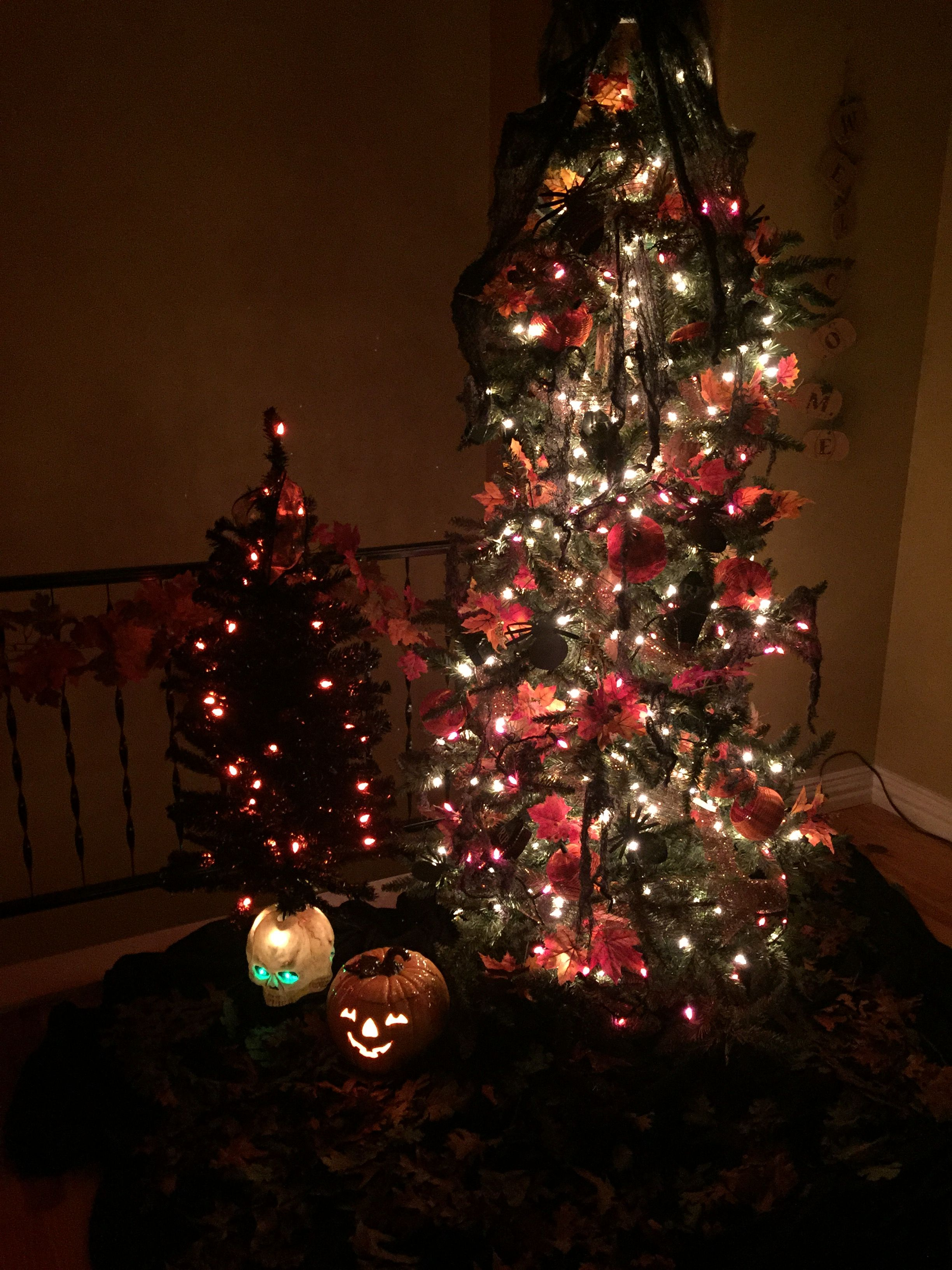 Halloween Tree All Hallows Breaks Loose Pinterest Halloween trees - halloween tree decoration