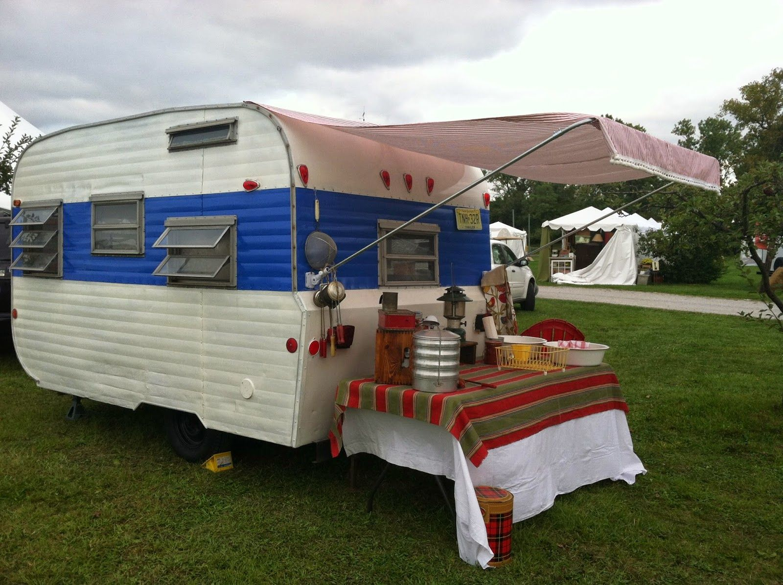 Attached Awning Tutorial Girl Camper Trailer Awning Camper Awnings Camper