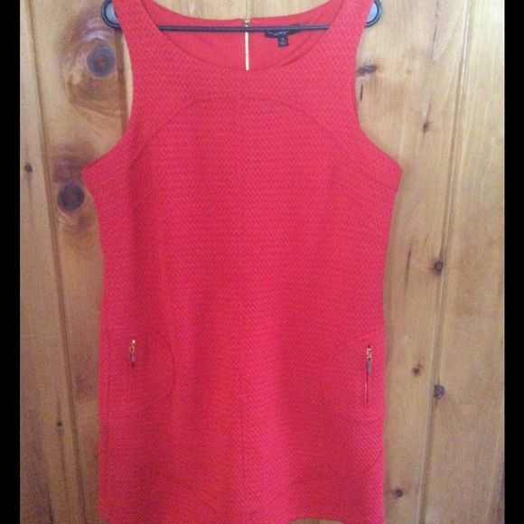 Cute red dress Red dress in good condition, never worn Sharagano Dresses
