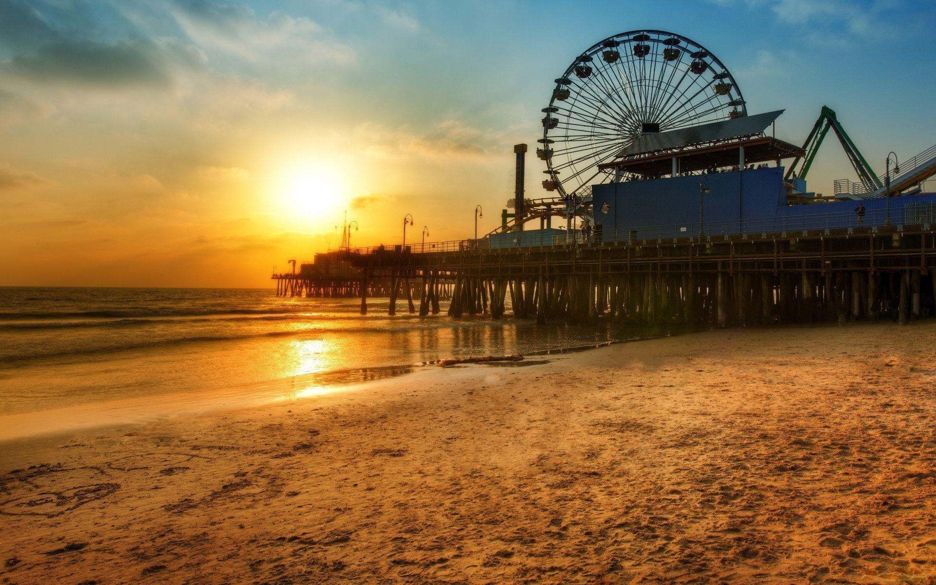 Los Angeles dock Ferris wheel, Beach sunset wonderful