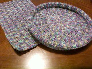 Crochet With Cris: 1 Skein Pet Bed [Pattern]