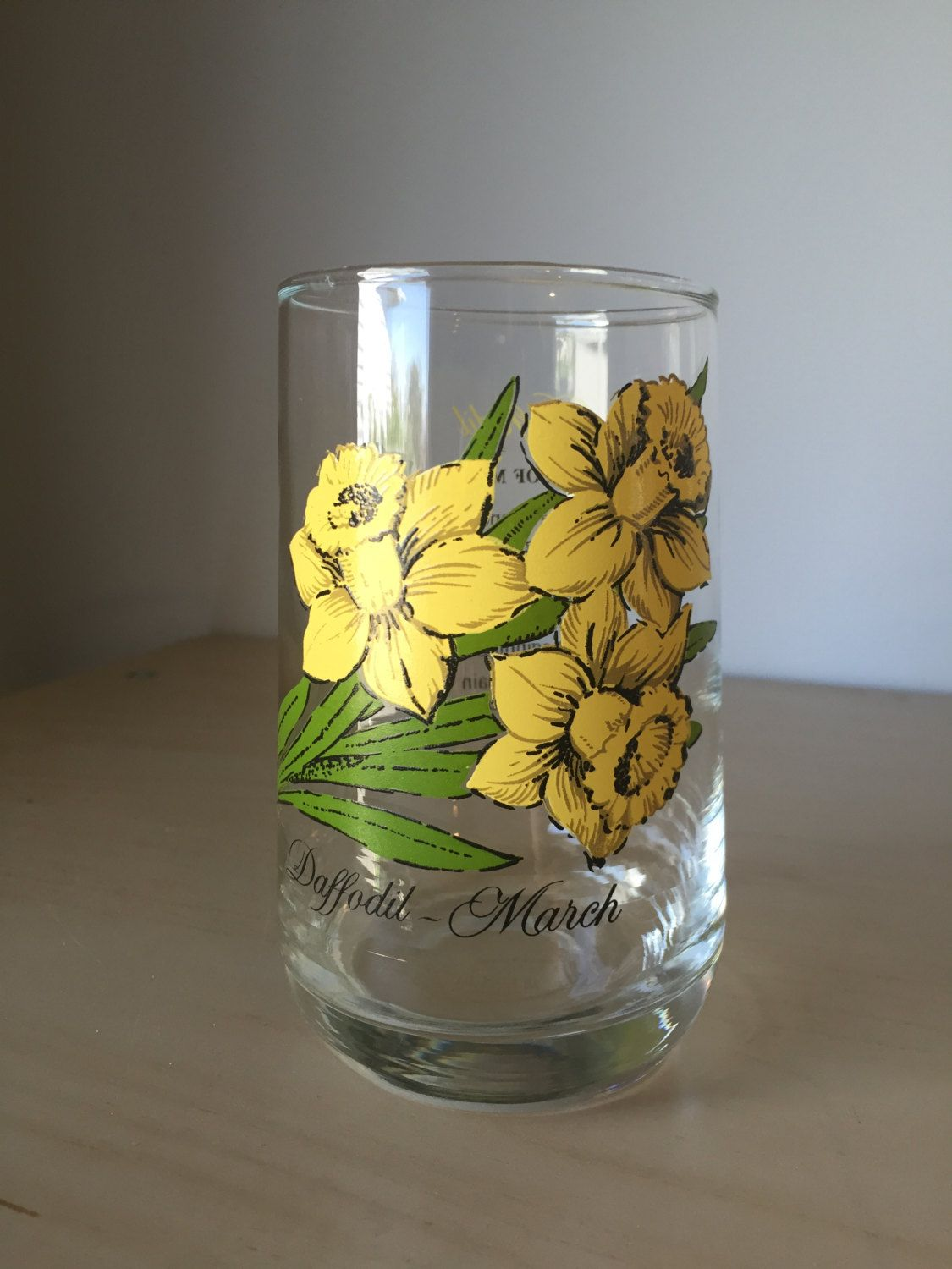 Vintage flower of the month series drinking glass march daffodil vintage flower of the month series drinking glass march daffodil yellow floral glass cup izmirmasajfo