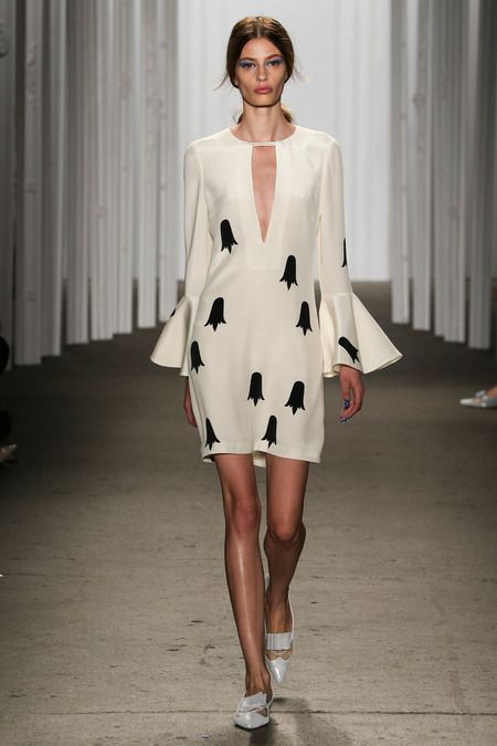 Honor | Spring 2015 Ready-to-Wear Collection.  I like the style of the dress but I'm not too sure about the pattern.