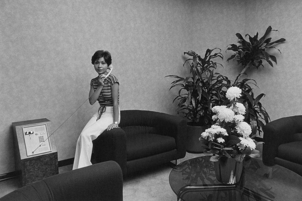 These Super Stylish Photos Show What Corporate America Looked Like in the 1970s- crfashionbook