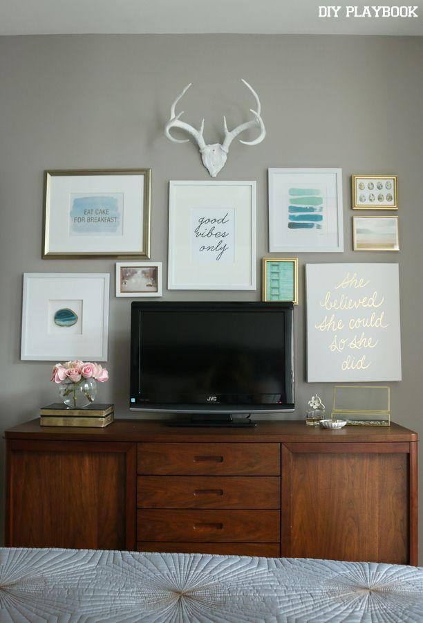 Maggie S Bedroom Reveal Diy Playbook Bedroom Tv Wall Gallery Wall Bedroom Tv In Bedroom