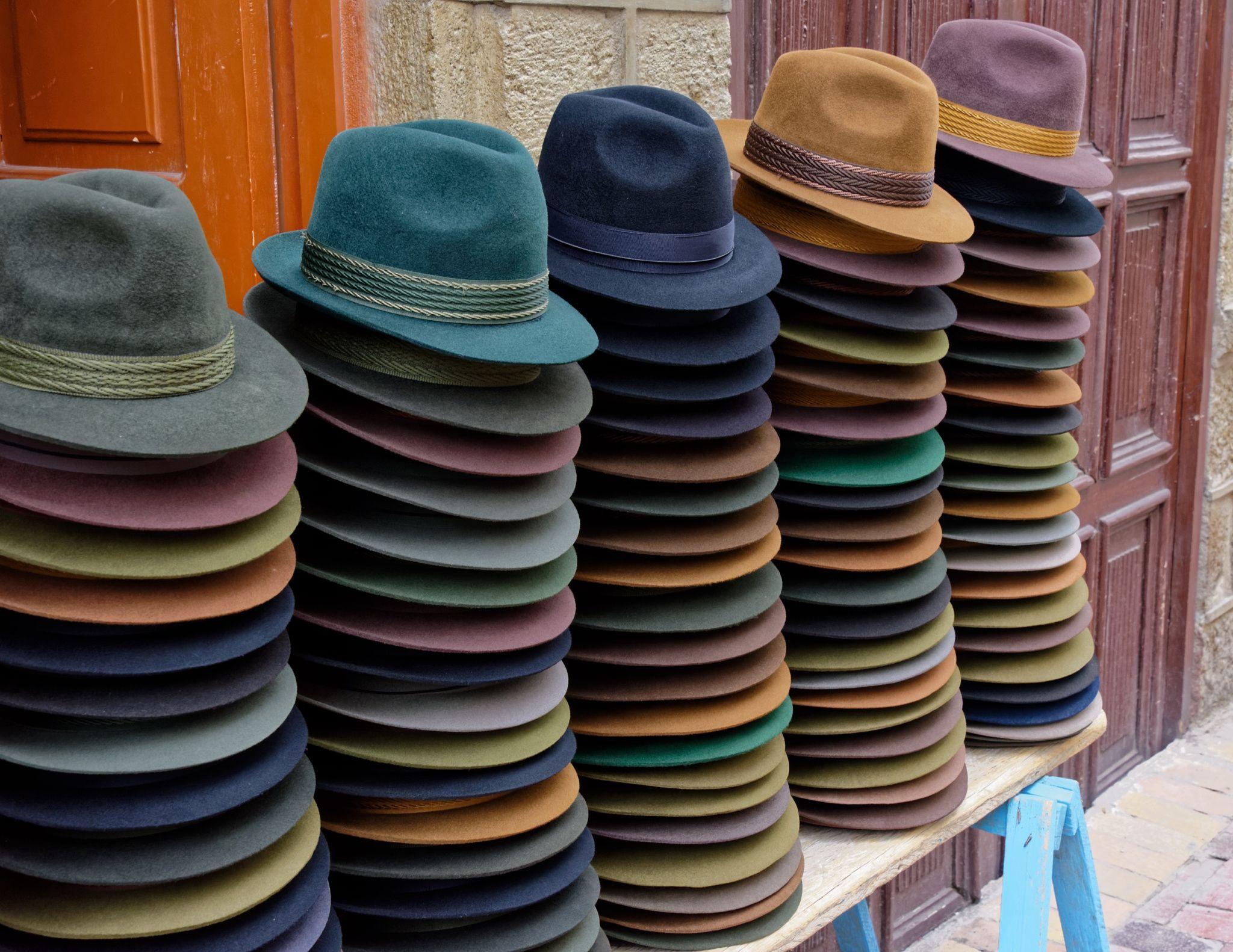 Women S Felt Hats In Alausi Ecuador Felt Hat Hats Ecuador