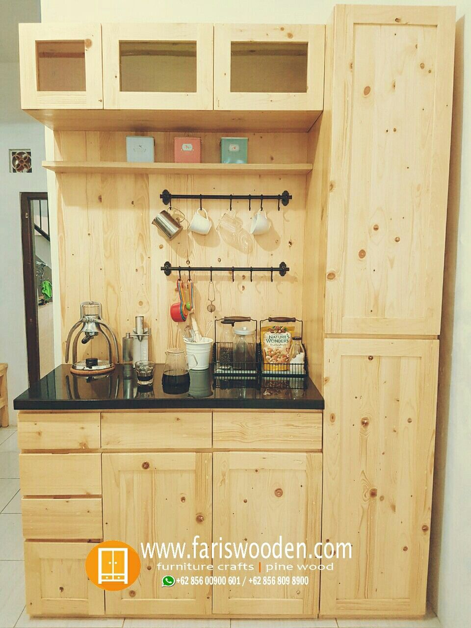 Minimalist Wooden Pallet Kitchen Set