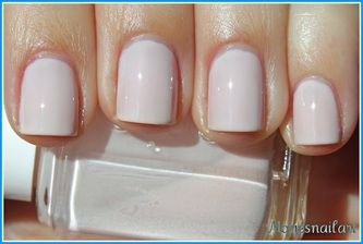 Essie nail polish ~ Ballet Slippers