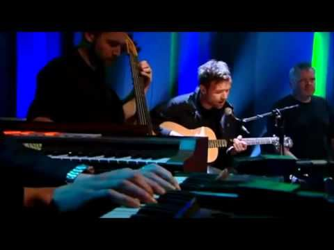 Damon Albarn - Dr Dee Apple Carts (Later with Jools Holland) - YouTube