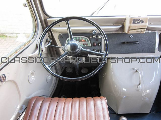 citroen hy van interior the classic citroen hy van. Black Bedroom Furniture Sets. Home Design Ideas