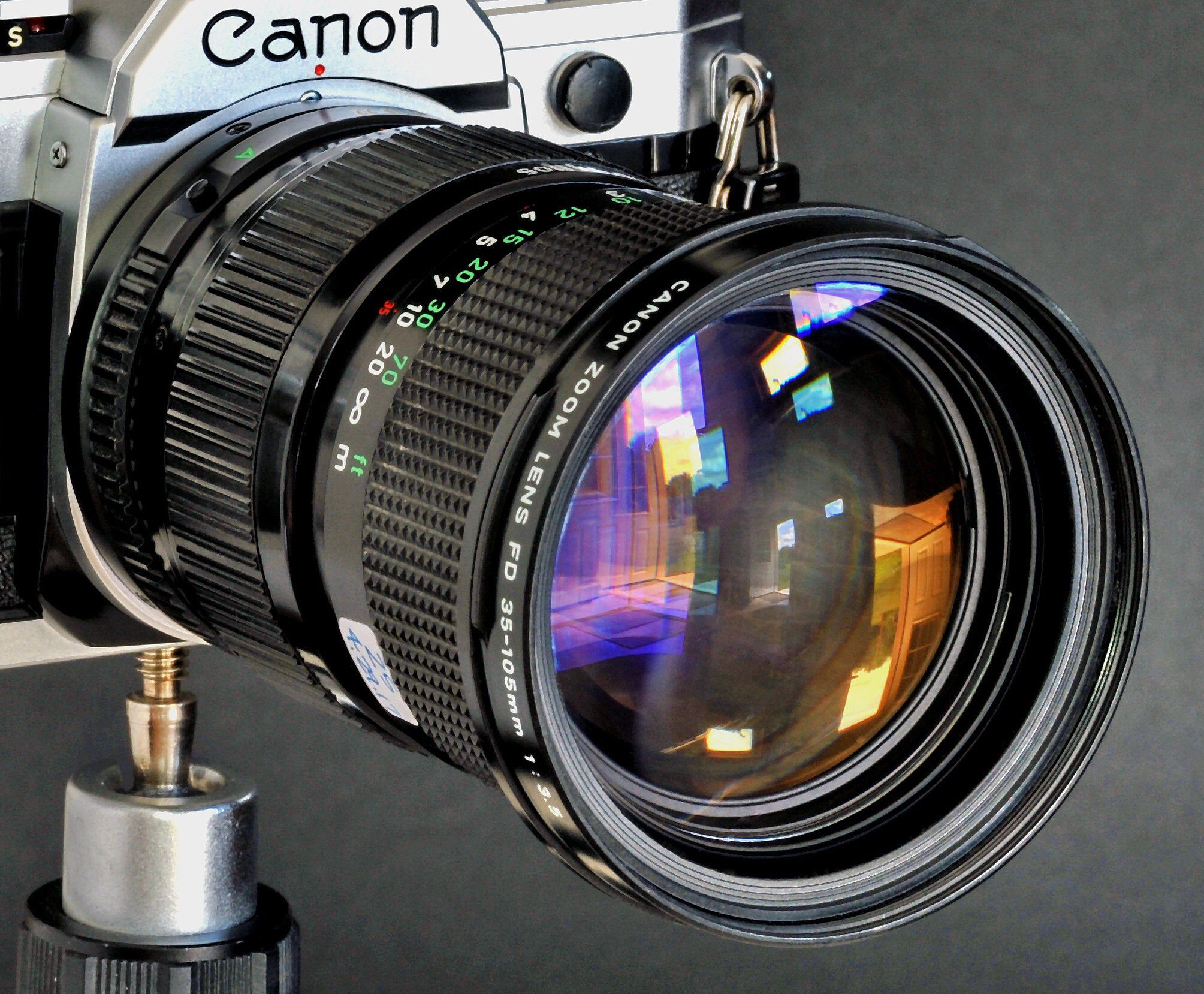 Canon Fd 35 105mm F 3 5n Macro Zoom Lens Good For Students Etsy Zoom Lens Mirrorless Camera Lens