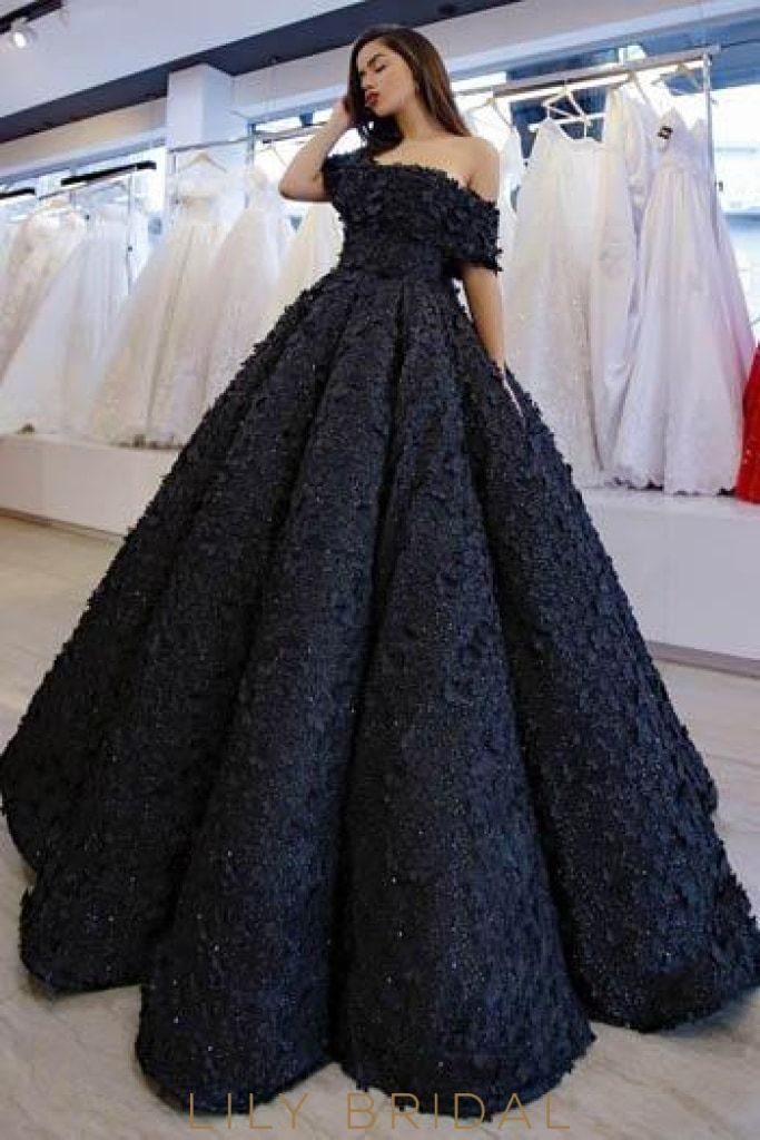 Applique Beading Off Shoulder Short Sleeves Floor Length Ball Gown