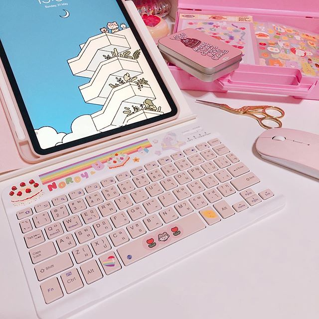 Aesthetic Pink Ipad Keyboard Decorated With Cute Pastel Stickers Aesthetic Pinkaesthetic Retro Idea Ideasdeco Decor Ipad Keyboard Pastel Aesthetic Ipad