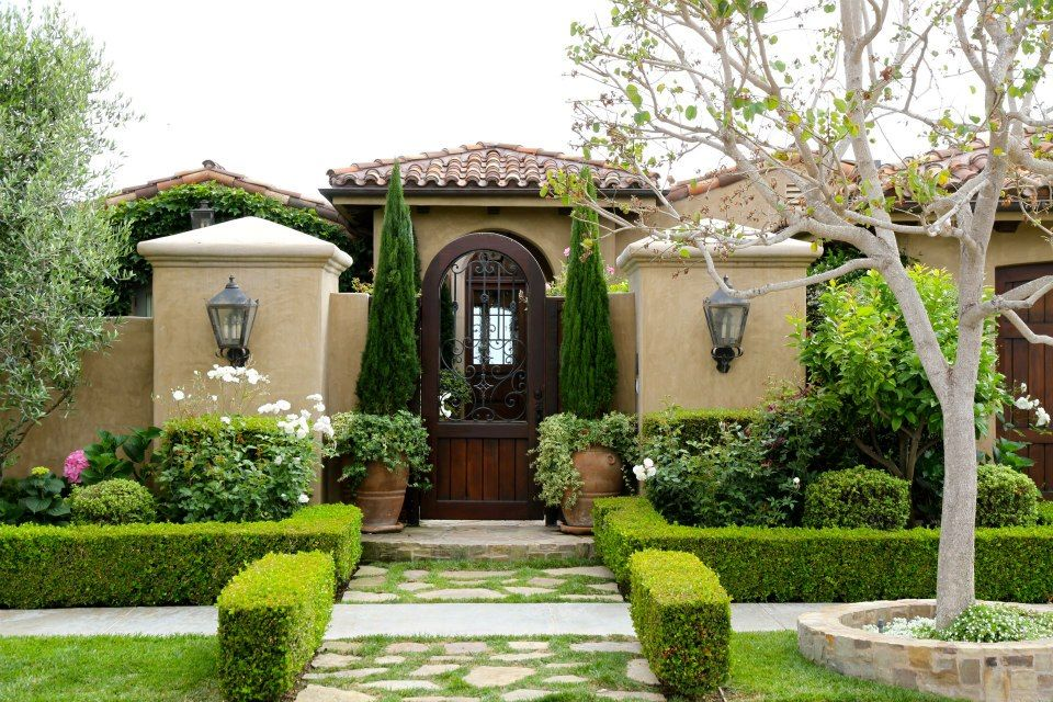 Tuscan Front Yard Landscaping: Tuscan Old World French Mediterranean