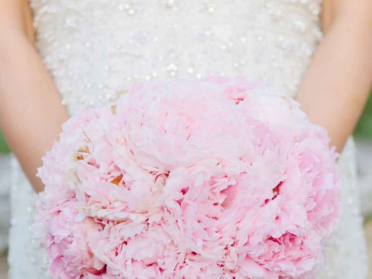 Single flower pink peony bridal bouquet weddingflowerseucalyptus single flower pink peony bridal bouquet weddingflowerseucalyptus izmirmasajfo