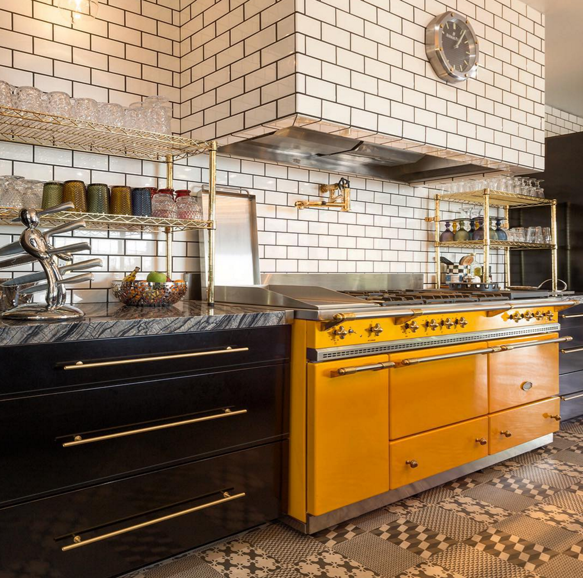 The Quintessential Industrial Chic Kitchen Moya Living X Style Life Decor Powdercoated Industrial Chic Kitchen Steel Kitchen Cabinets Kitchen Cabinet Design