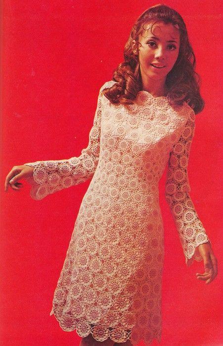 Adorable vintage dress!