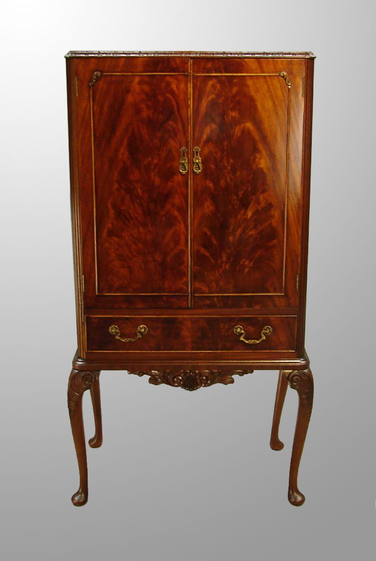 Chippendale Burl Walnut Bar Cabinet from Maine Antique Furniture on Ruby  Lane - Chippendale Burl Walnut Bar Cabinet From Maine Antique Furniture On