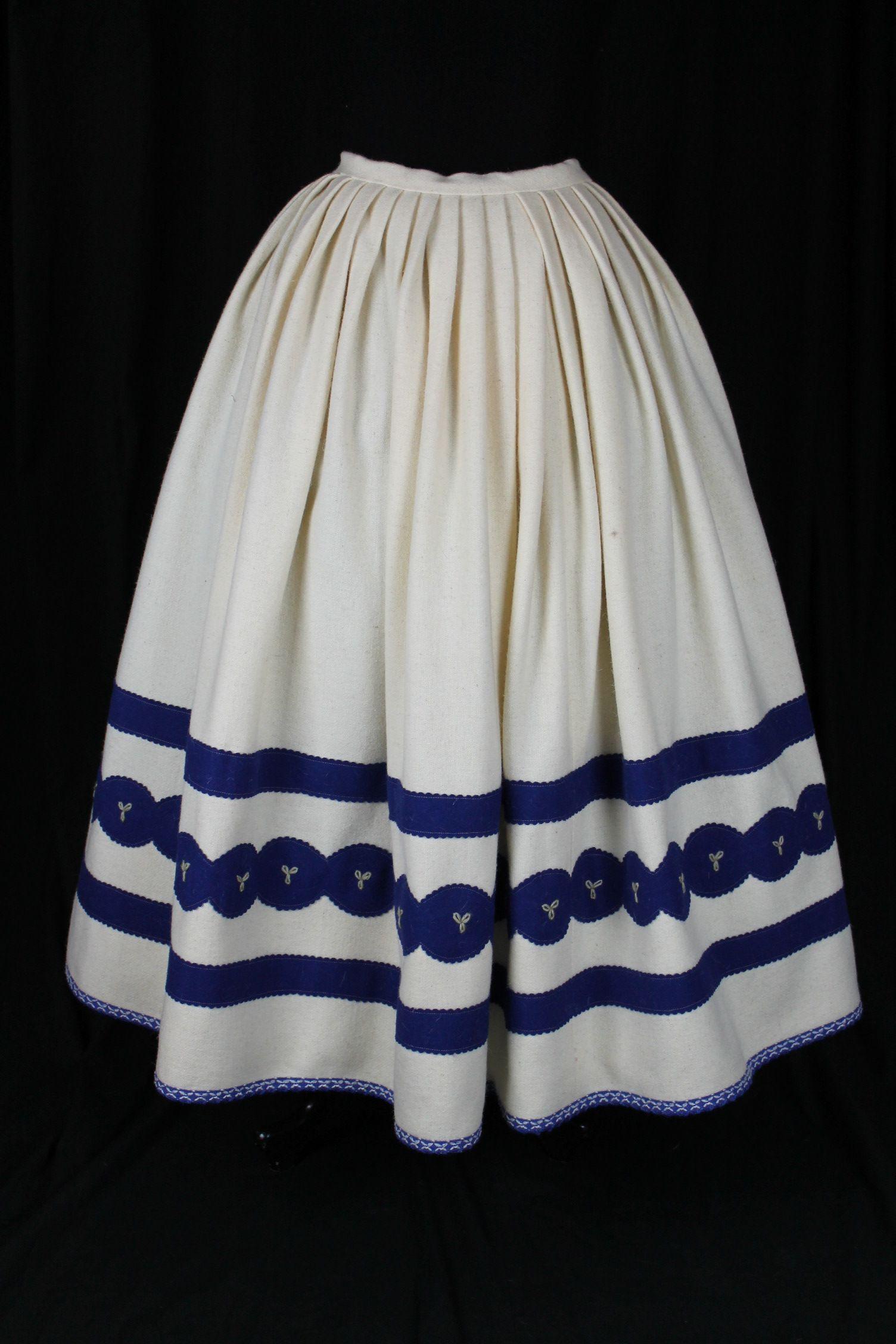 3b87bea43 REFAJO | Women's fashion | Refajo, Vestidos regionales y Vestidos