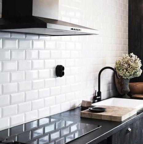 Johnson White Bvbr1a Bevel Brick Gloss Ceramic Wall Tile 200x100x7 5mm Tiles For Sale Wall Tiles Ceramic Wall Tiles