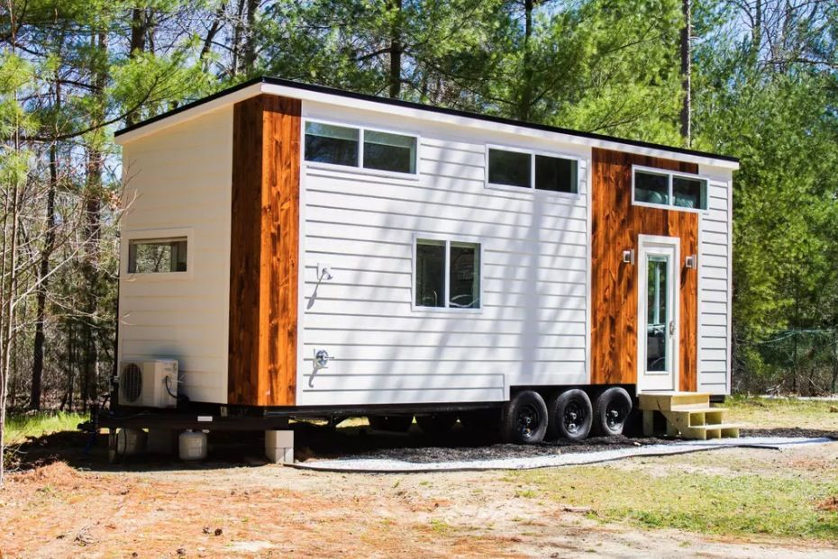 This Is The River Resort Tiny House On Wheels By Liberation Tiny