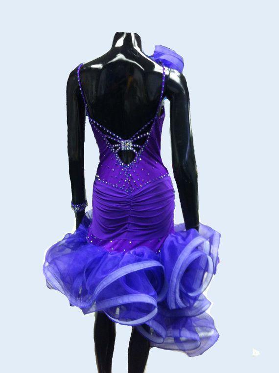 Purple Dance robe latine avec volants jupe par DesignByNatasha