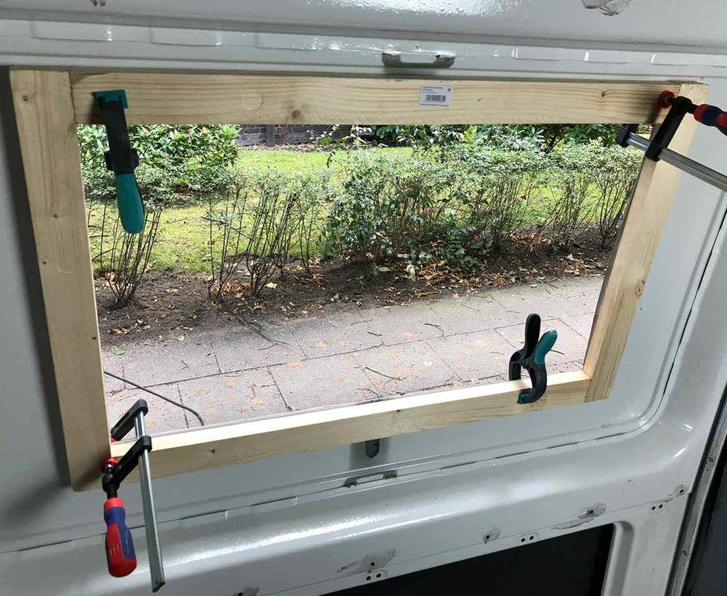 Wohnmobil Fenster einbauen - Einbauanleitung und Kosten
