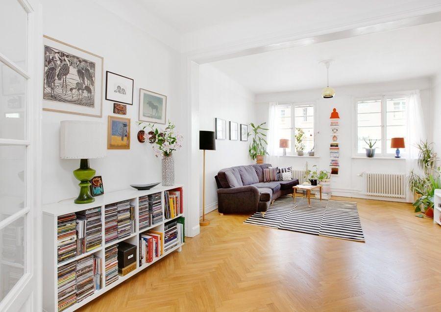 Rum, låg bokhylla + tavlor Vardagsrum Pinterest Vardagsrum, Inredning och För hemmet