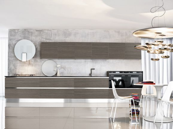 Cucina lineare moderna, lunghezza 480 cm in finitura larice ...