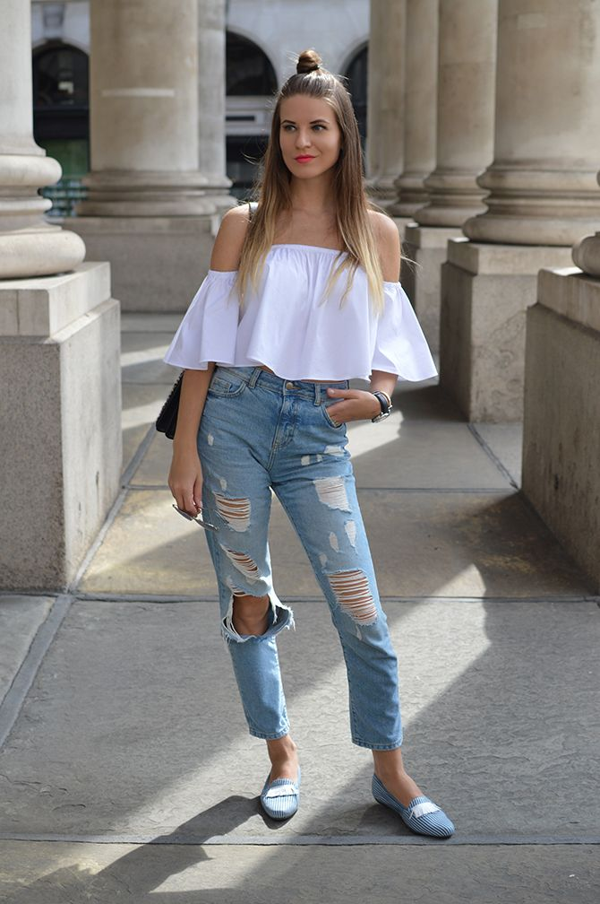 off-shoulder-top-mom-ripped-jeans | Fashion | Pinterest | Shoes