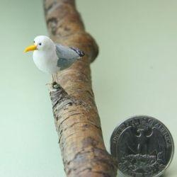 Miniature Perched House Finch DOLLHOUSE Miniatures 1:12 Bird Birds
