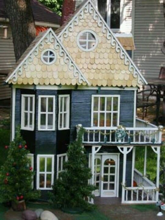 Blue Dollhouse With Porches On Both Levels Dollhouses