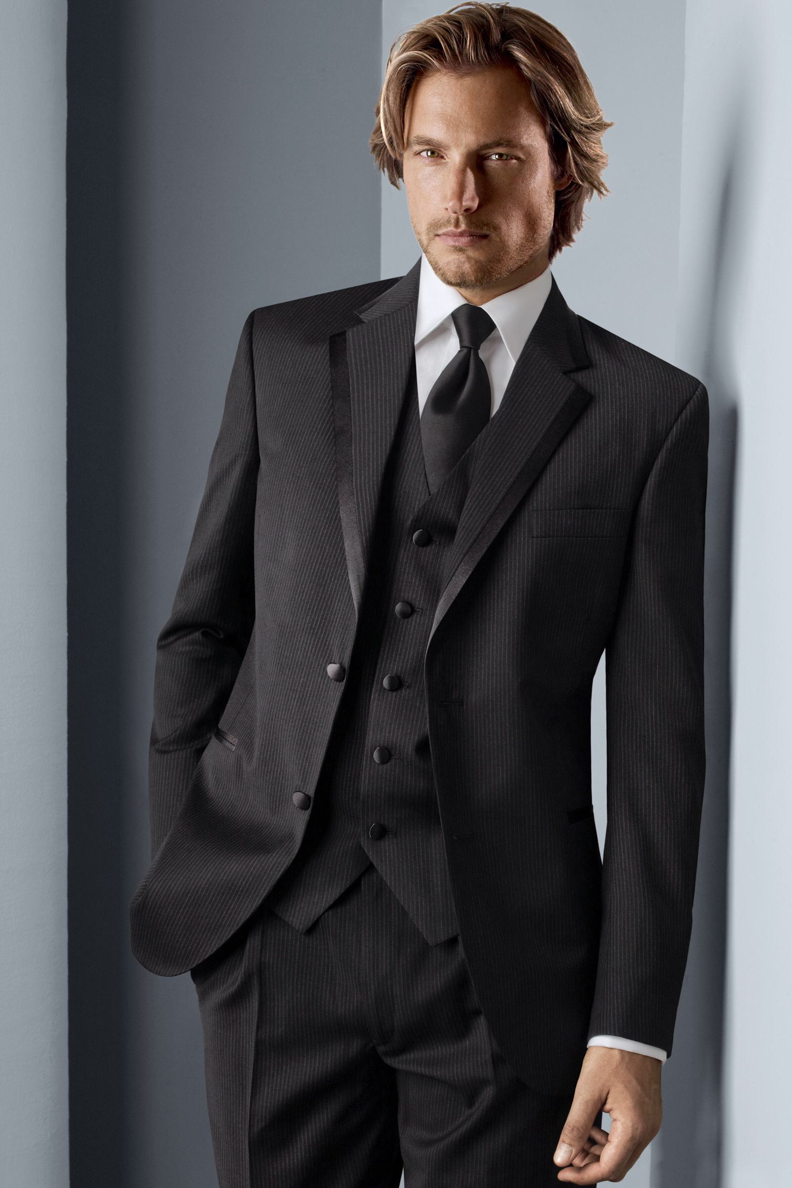brillantezza del colore acquisto autentico buono sconto HLo-Tips: Smoking marca Calvin Klein para ese momento tan especial ...