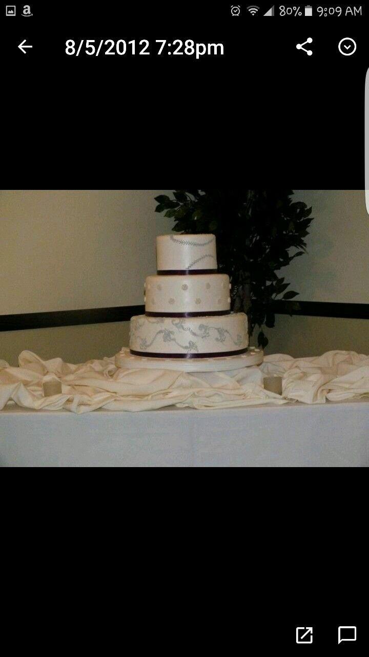 Baseball stitched wedding cake